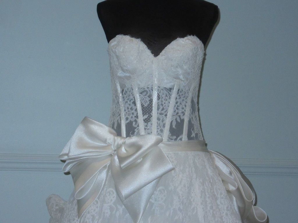 Pnina Tornai Lace Ball Gown Silk Bow Sweetheart Strapless Corset ...