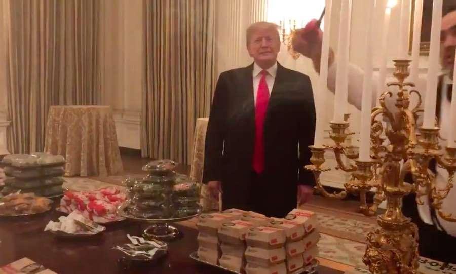 政府关门白宫厨师停薪休假 川普掏腰包订快餐招待来宾