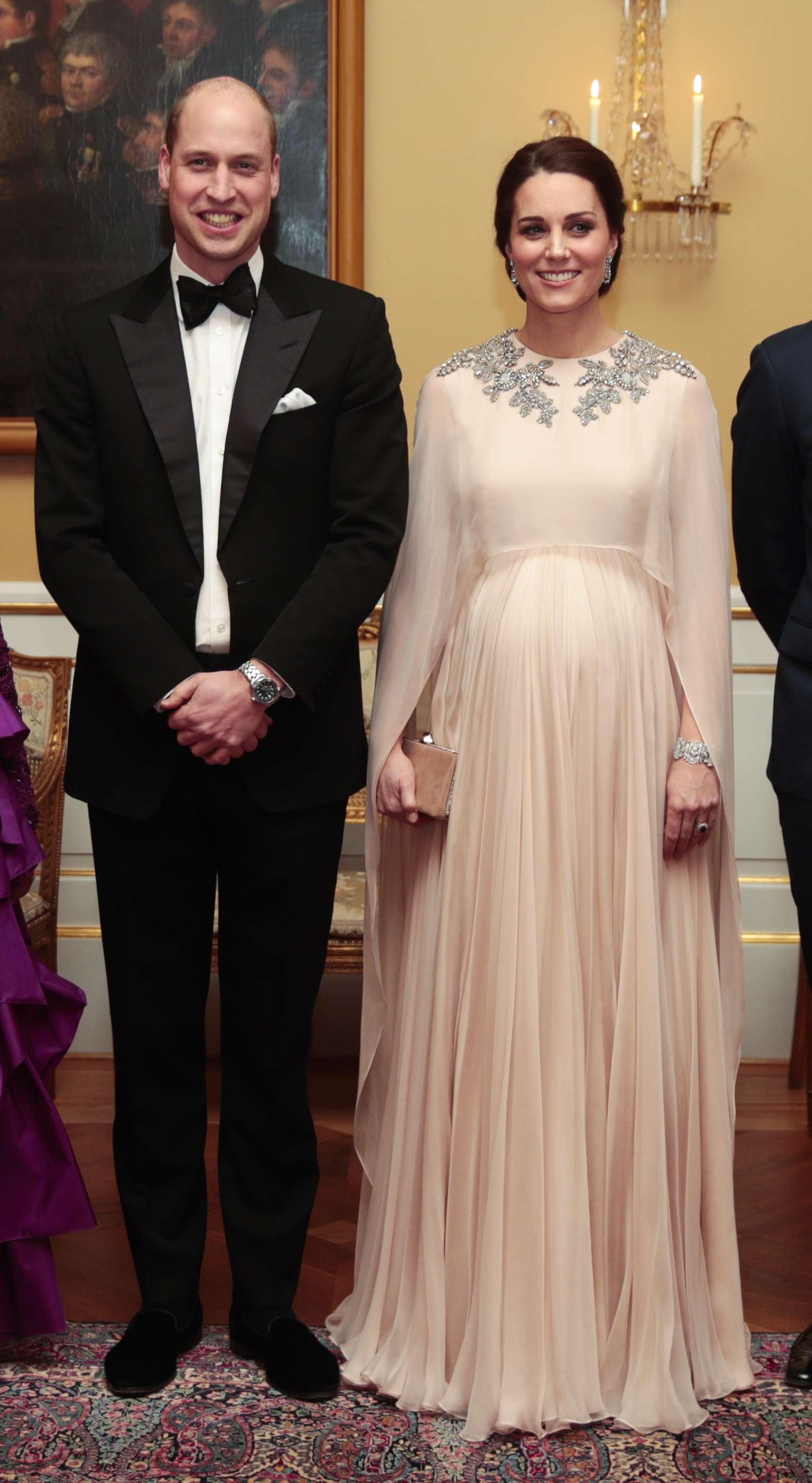 Vestido De Kate Middleton Genera Un Debate Diario La Prensa