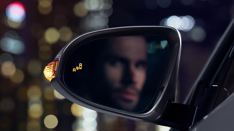 2018 Toyota C-HR Blind Spot Monitoring