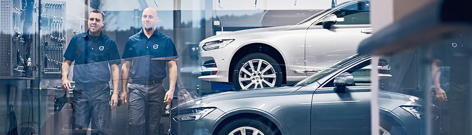 Volvo Service Center Technicians