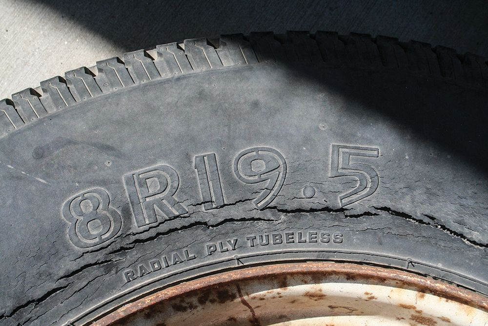 4 Warning Signs That You Need New Tires Car Talk Nigeria