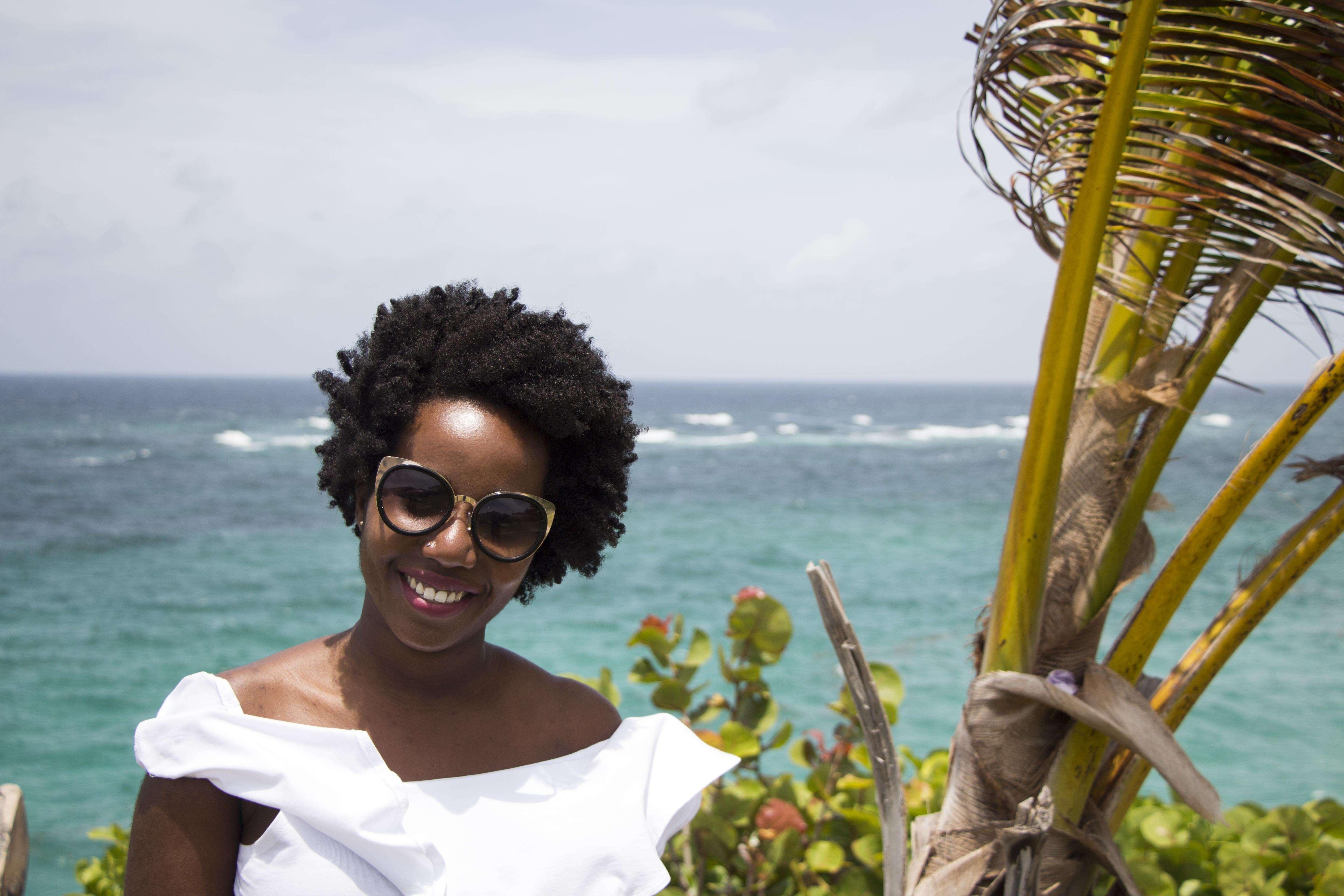L'afro en été: mes astuces pour en profiter