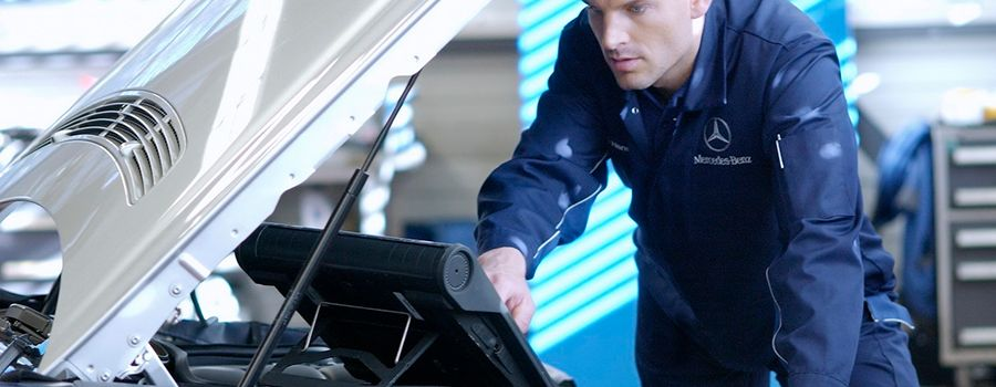 Mercedes certified technicians