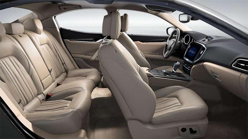 Maserati Ghibli Interior Color & Options | Maserati Sedan Interior ...