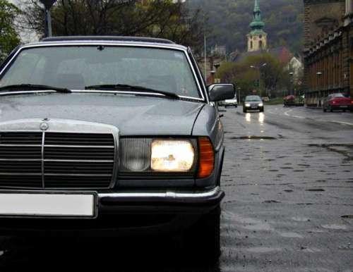 Mercedes-Benz W123 coupe, keď menej znamená viac | Autobazár EU