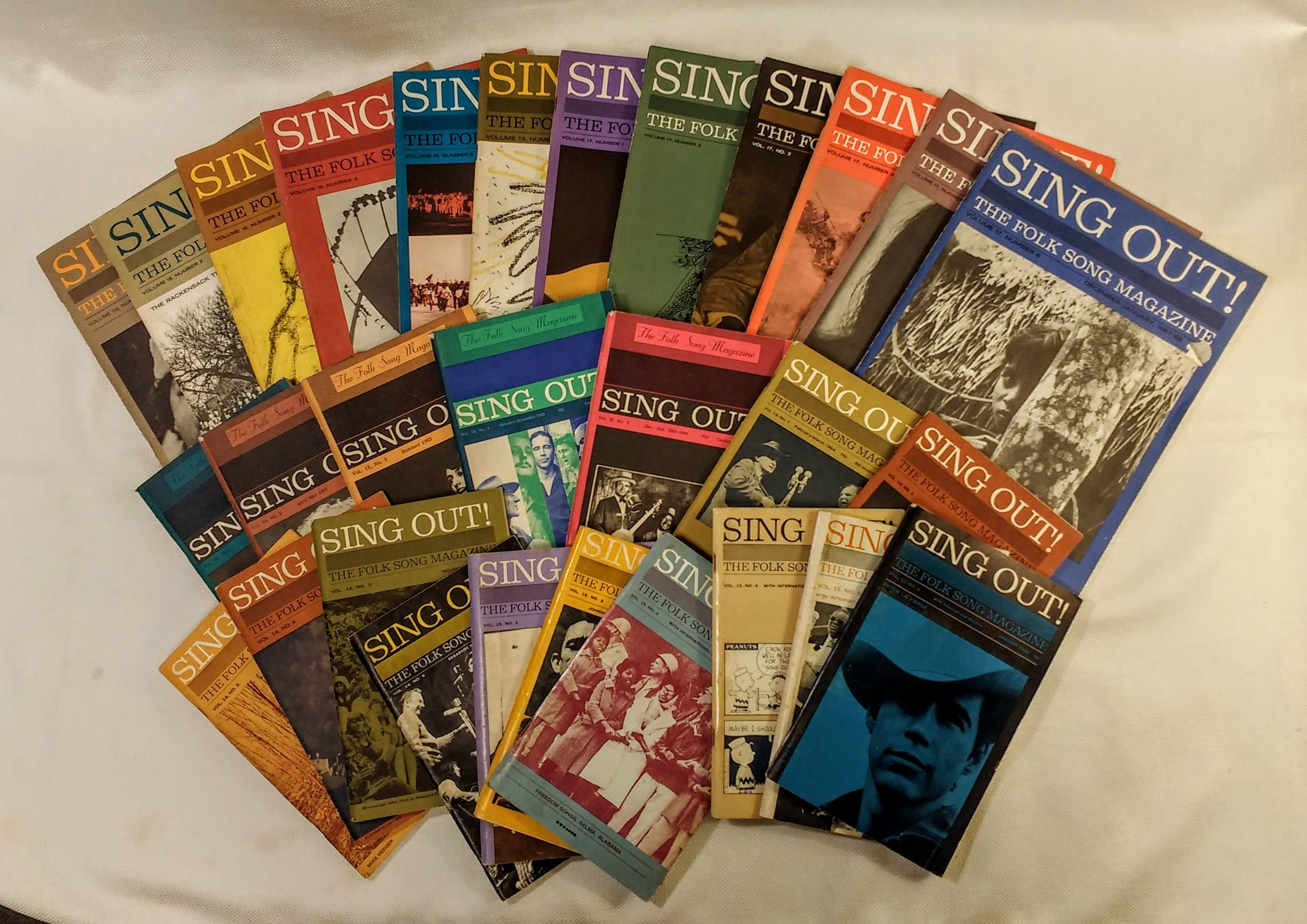 Sing Out! The Folk Song Magazine; Vols. 13 - 17, complete in 29 issues (1963 - 1967), Silber, Irwin [editor]