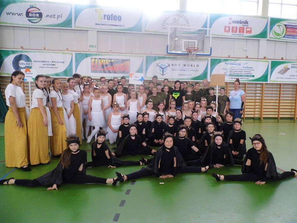 Sukces pniewskich grup tanecznych