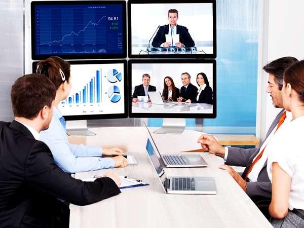 Платформа для онлайн-обучения: все возможности для грамотного проведения вебинара