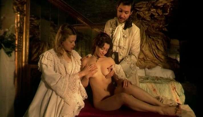 zhyustina-film-porno-porno-mamki-igri