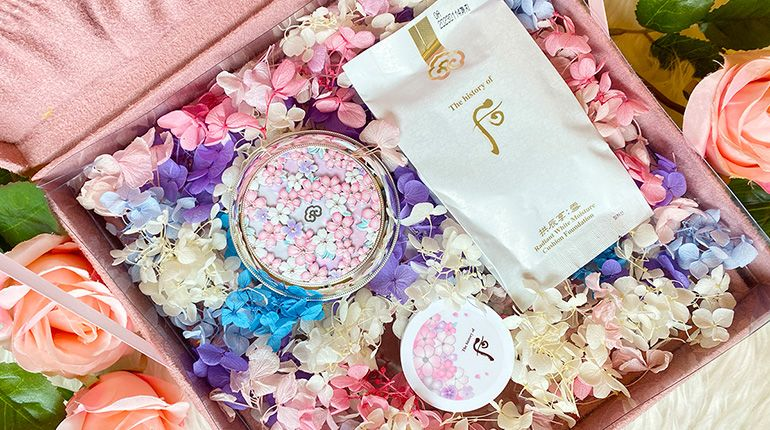 Set the Mood for Spring With This Special Edition Cushion Foundation and Blusher Set