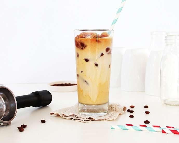 cara membuat ice coffee latte