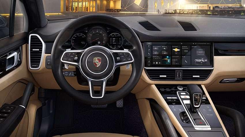 2021 Porsche Cayenne Dash