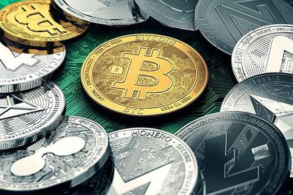 Биткоин разделился на две валюты