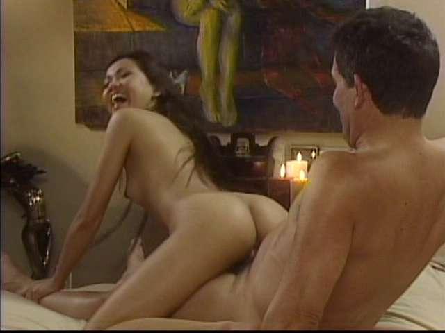 muzhiku-nedotroga-filmi-erotika-izmeni