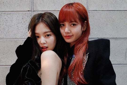 blackpink s jennie and lisa are friendship goals again in new photos