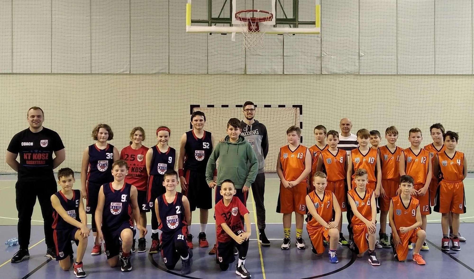 Ważne zwycięstwa młodych koszykarzy