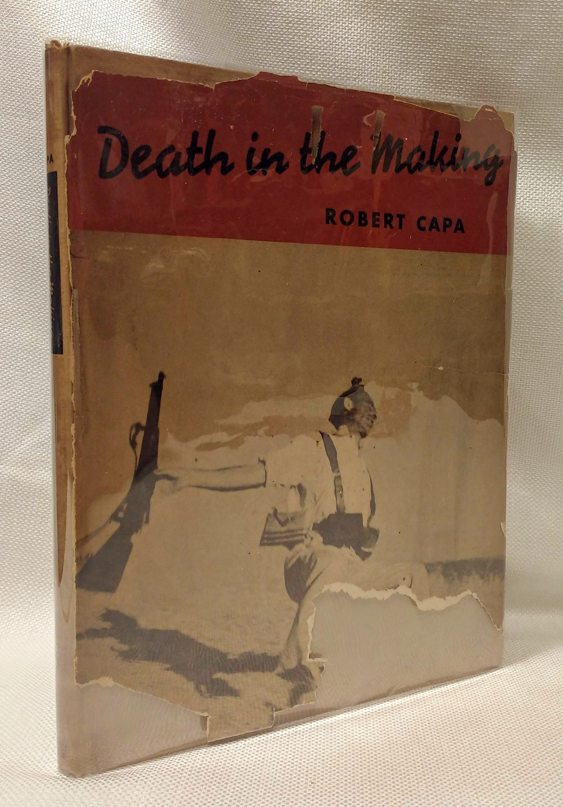Death in the making,, Capa, Robert