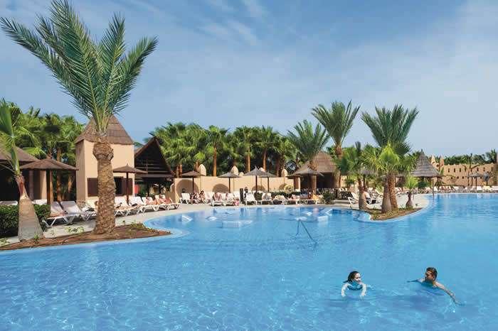 Dos nuevos hoteles de la cadena RIU reabren en Cabo Verde