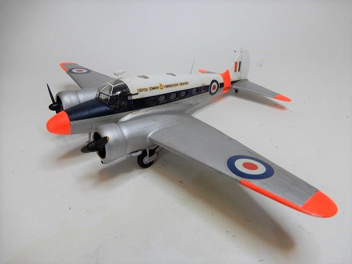 Ansons in two scales Aeroclub/Welsh Models - Ready for