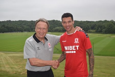 Marvin signs
