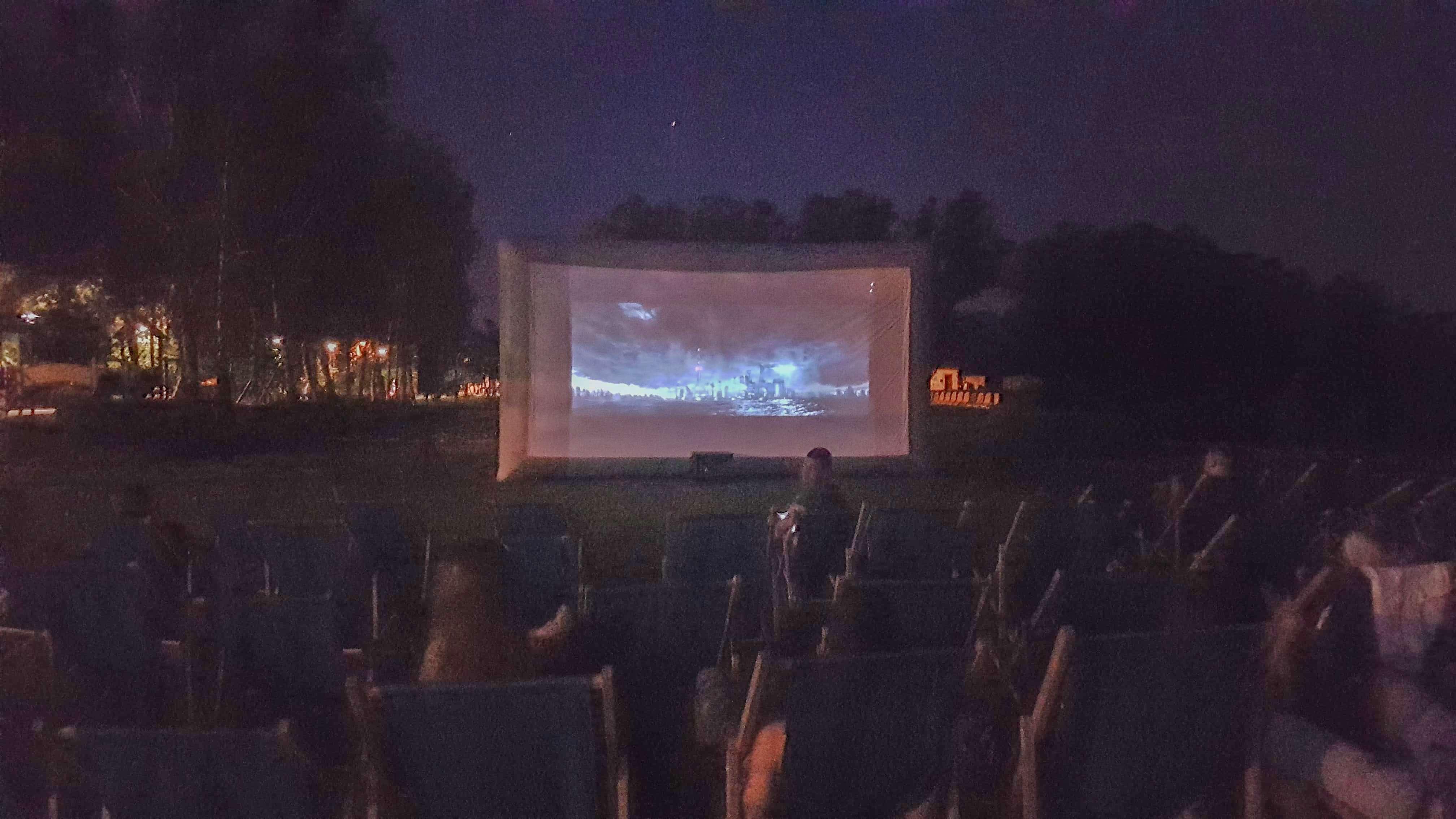 Letnie Kino wŁazienkach