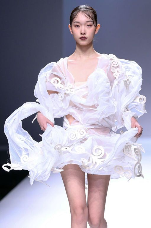 Trends from China Fashion Week