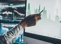 Структурные ноты или традиционные биржевые активы: что выбрать инвестору?