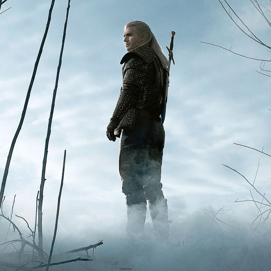 First Look The Witcher Henry Cavill