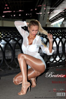 Art of Gloss - 2011 Week 44-6 - Beatrise  Wolford Neon 40 Part I 49 1310X1966