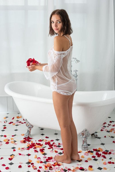 ShowyBeauty 2019-01-21 - Oxana - Wild Rose