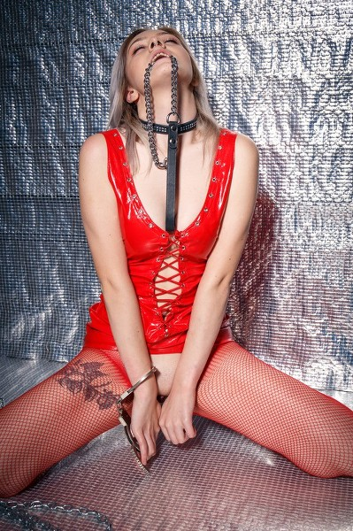 TheLifeErotic - 2019-05-08 - Kate Fresh - Chain Power 1 - By Higinio Domingo