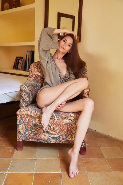 MetArt_Maise_Leona-Mia_high_0009.jpg