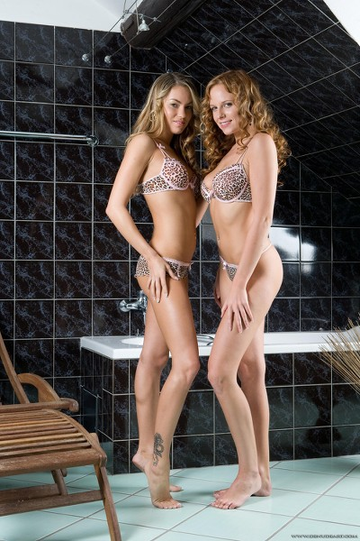 DeNudeArt - 2009-02-23 - Carmen & Viri - Couple