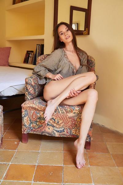 MetArt_Maise_Leona-Mia_high_0008.jpg