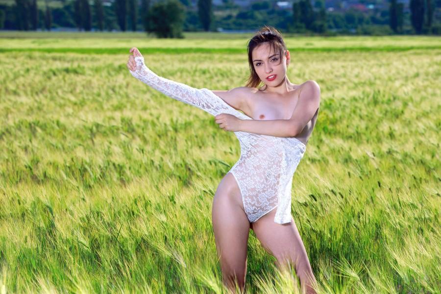 MetArt_Nude-Scenery_Gabriele_high_0013.jpg