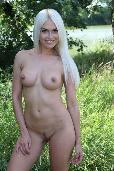 EroticBeauty - 2017-10-08 - Lena Love - Outdoor Tease - By John Bloomberg