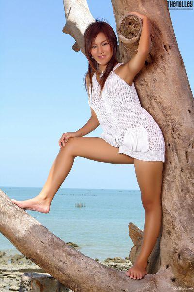 Linda-Pongsai-07-014.jpg