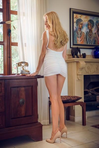 SexArt - 2018-08-25 - Maria Rubio - Norindi - By Alex Lynn