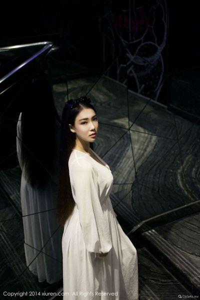XIUREN 秀人网 2014.04.29 NO.131 梦娜Vanessa