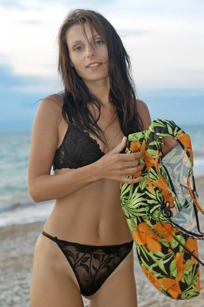 EroticBeauty - 2018-09-11 - Irena C - On The Beach - By Stanislav Borovec