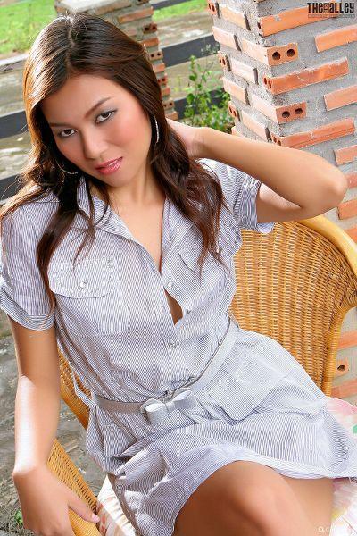 Linda-Pongsai-04-017.jpg