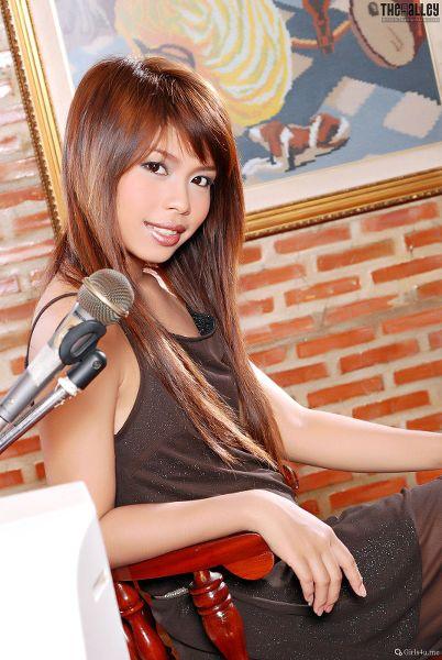 TheBalckAlley Nicole Wei 09