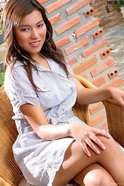 Linda-Pongsai-04-018.jpg