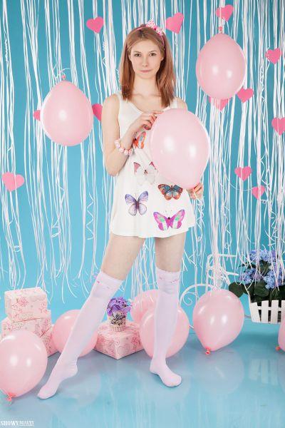 ShowyBeauty - 2017-06-25 - Candy - Good Mood - By Harmut