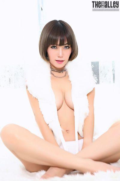 TheBalckAlley Yuri 14