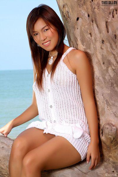 Linda-Pongsai-07-008.jpg