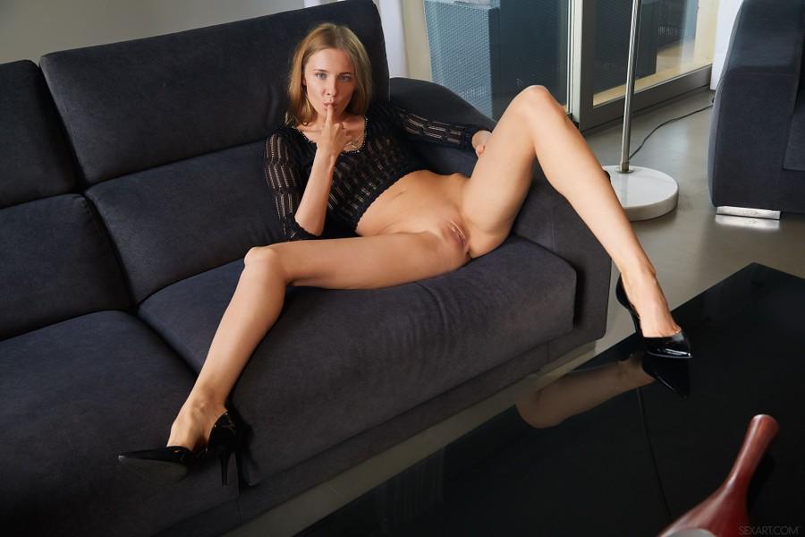 SexArt_Crop-Top_Nimfa_high_0012.jpg