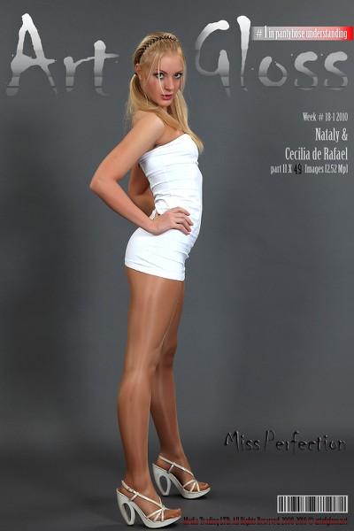 Art of Gloss - 2010 Week 18-1 - Nataly  Cecilia De Rafael Part Ii 49 1310X1966
