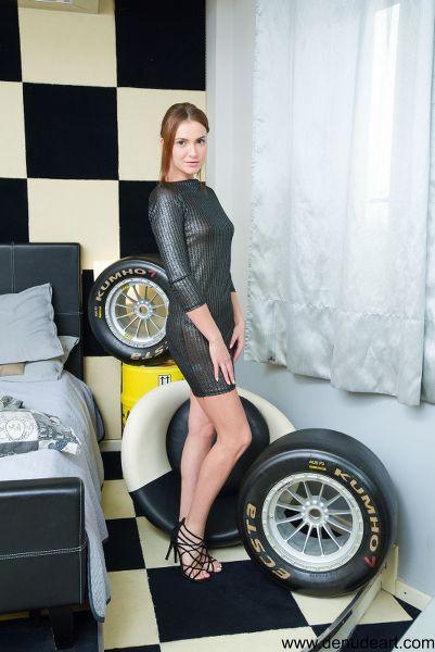 DeNudeArt - 2018-04-15 - Juliette - Racing